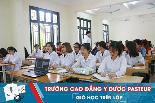 Học ngành Dược mở ra nhiều cơ hội việc làm hấp dẫn cho sinh viên