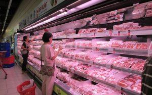 Những bất cập về thị trường thịt lợn