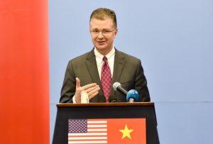 """Đại sứ Mỹ tại Việt Nam: TPP mang lại hiệu ứng """"nước lên thuyền lên"""" cho nông nghiệp VN"""