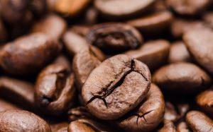 Giá cà phê có bước khởi sắc trước chính sách tiền tệ mới của các NHTW