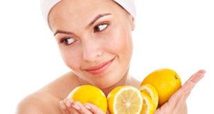 Bạn có thể sử dụng vỏ cam hoặc nước cam để trị nám